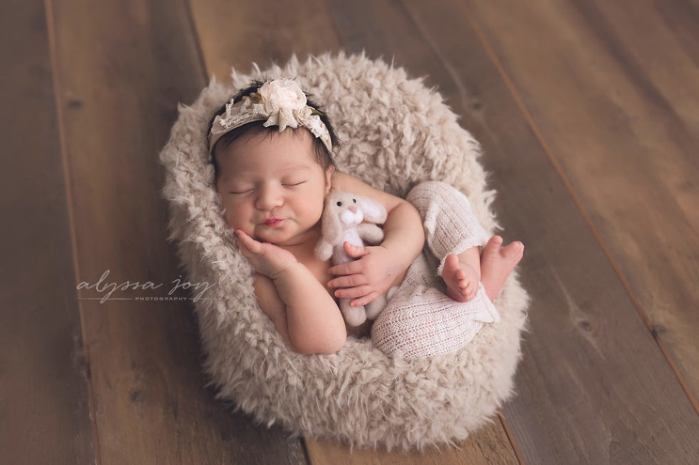 Photo of newborn baby girl by new jersey newborn photographer alyssa joy